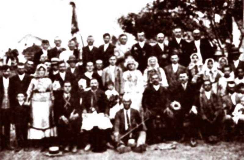 Nunta-românească-la-Toracu-Mare800.jpg