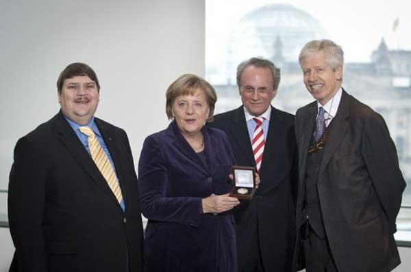 3-Merkel-premiul-Kalergi.jpg