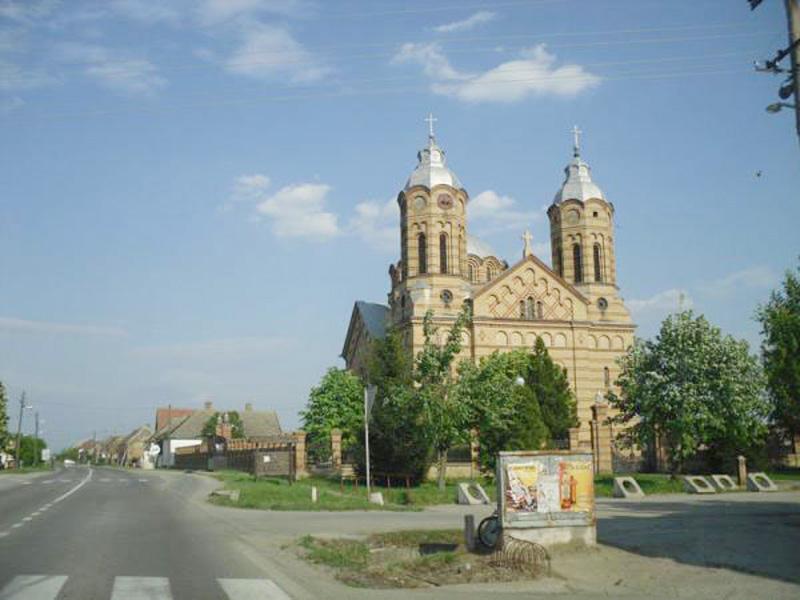 nicolint_serbia_biserica_ortodoxa_romana800.jpg